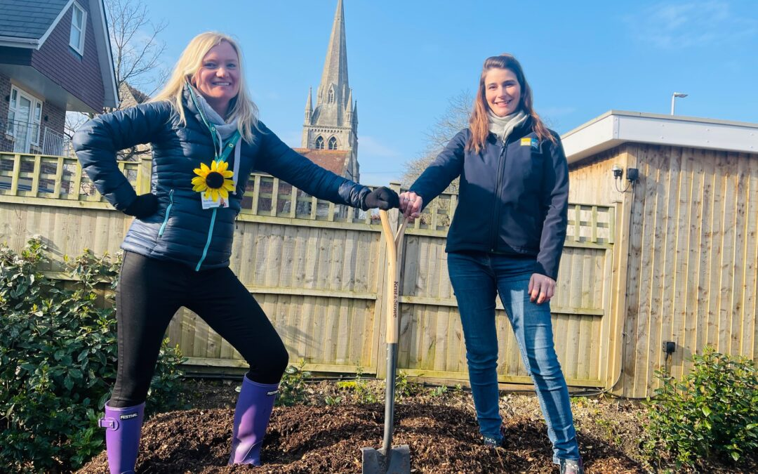 Eco Sustainable Solutions supports Lewis-Manning Hospice Care with mulch donation and announces theM as their nominated charity of the year